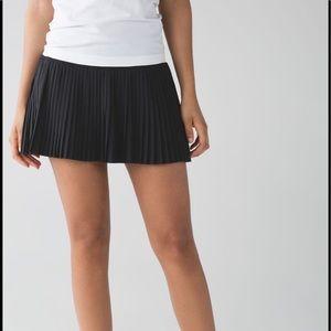 LULULEMON Pleated tennis skirt  built in short